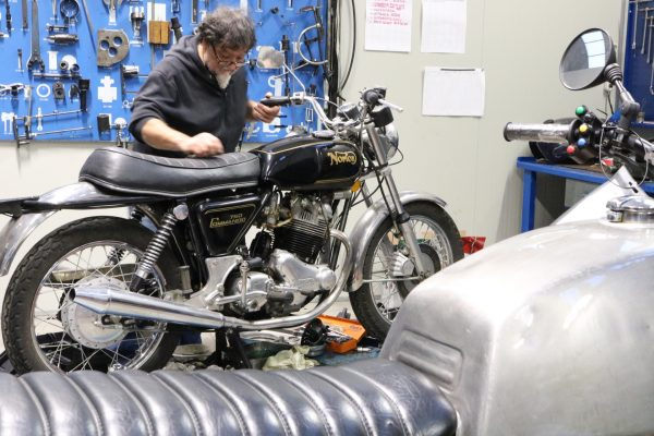 Rimessa in moto Norton Commando Firenze Toscana Officina Moto