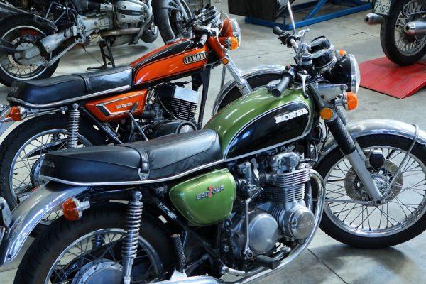 Rimessa in moto di Honda 500 Four e Yamaha RD 350 2t